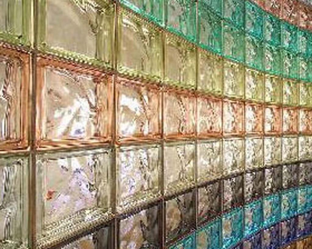 Стеклоблоки как оригинальный строительный и декоративный материал